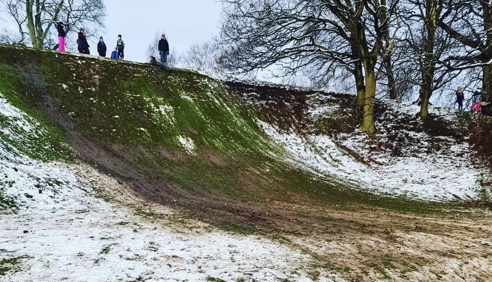 Cheshire golf course damaged by sledgers